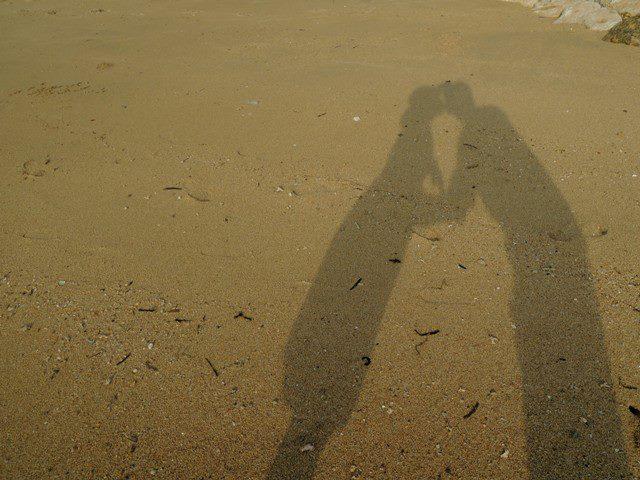 I feel lucky to have you :* kiss kiss. Weiits ini yang lagi jomblo dilarang iri lihat poto ini :D huihihi *ditimpuk pasir*