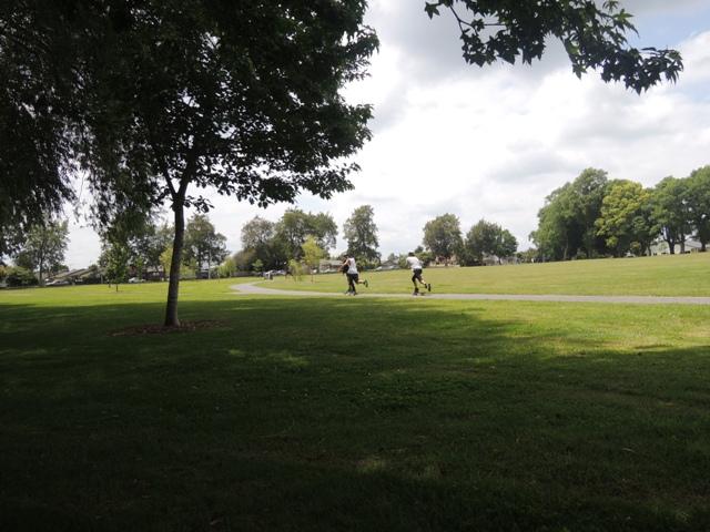 Bebas puas bermain di ruang publik yang asyik