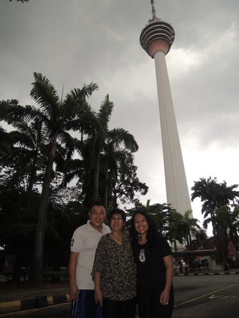 Bareng sama Dianne & Kim di KL Tower ;)