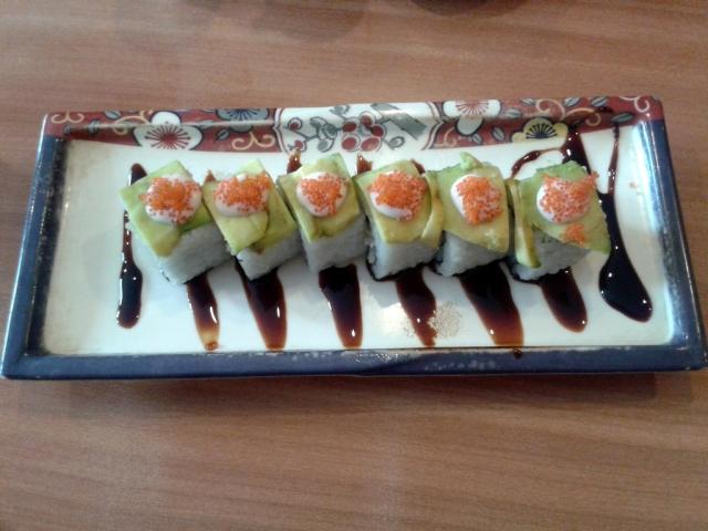 Naniura Sushi Bar Resto 12