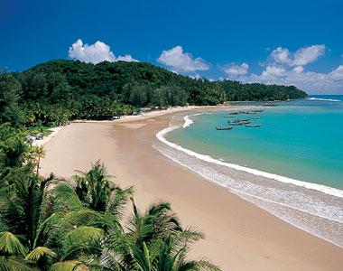 Gambar boleh minjem dari beachfrontphuket . com