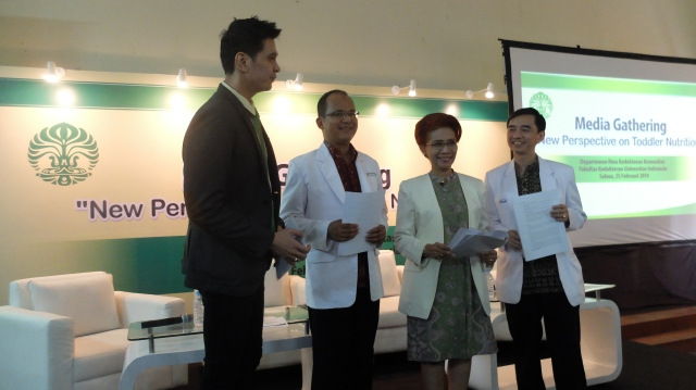 Pakar-pakar kesehatan setelah acara diskusi.
