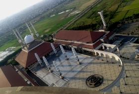 MAsjid Agung dari atas Menara. Cantik ya