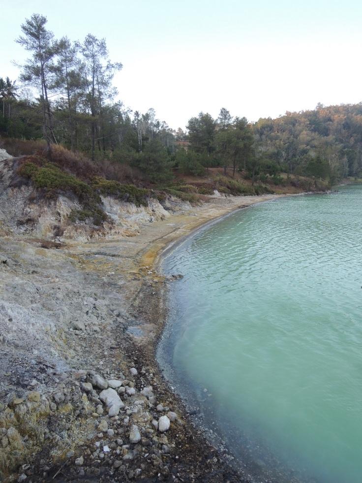 Danau Linow 1