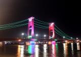 Jembatan Ampera Malam Hari