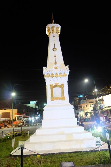 Tugu Yogyakarta Malam Hari 1