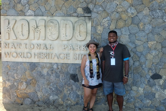 Poto bareng Bang Oyan yang banyak cerita-cerita soal Komodo. Ma kasih ya baaang ^_^