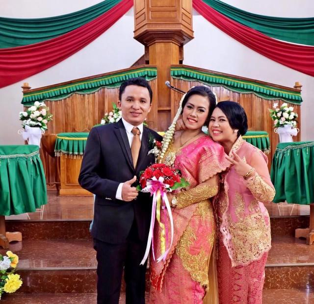 Selamat menikah adekku, sayang!