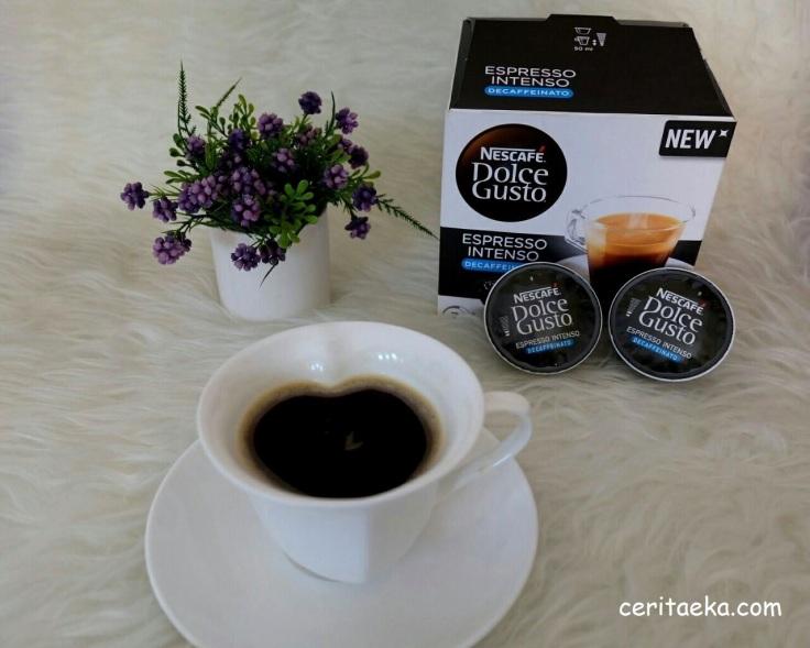 Cara baru nikmati kopi item!