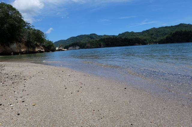 Pantai Serena Besar