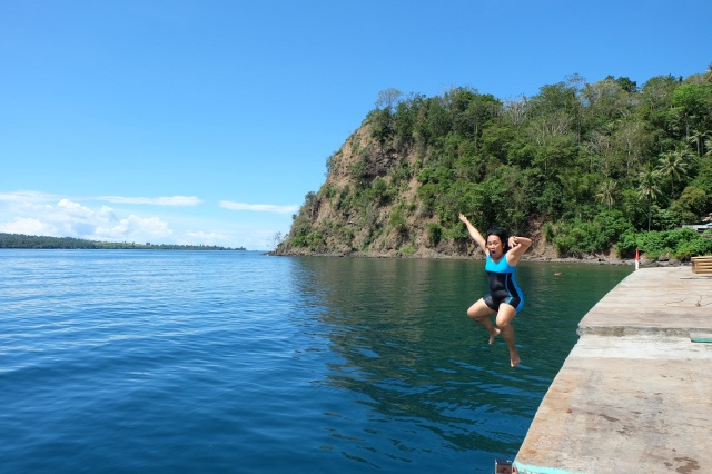 Monkey style pose when jumping, unleashing the little child inside me :P