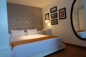 kamar Tematik Yan's House Hotel Bali 11