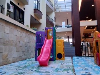 Palace Hotel Cipanas 4