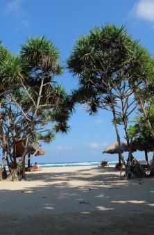 4 Nusa Dua Beach b