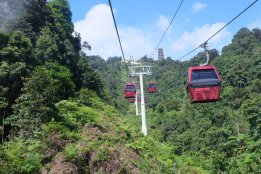 Gondola at Awana Skyway Resorts World Genting