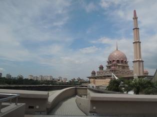 Itinerary liburan ke Kuala Lumpur Malaysia 3D2N
