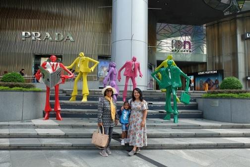 Mal-mal mewah di Orchad Road Singapore