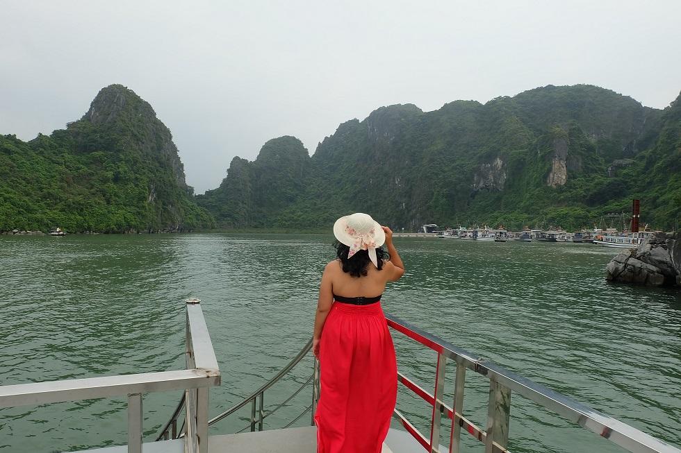 Liburan Keluarga ke Ha Long Bay Vietnam
