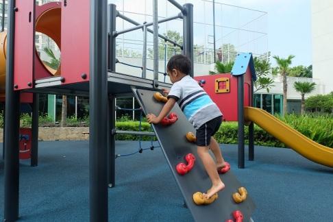 Fraser Setiabudi Kuningan fasilitas playgrround