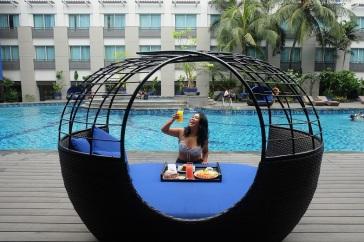 Novotel Mangga Dua Square pool